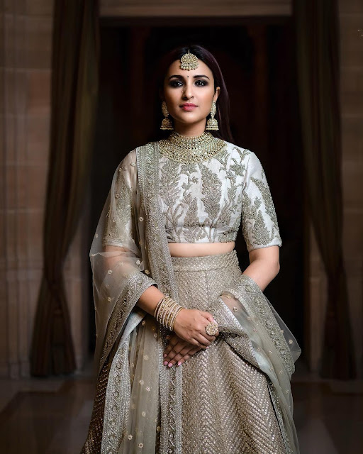 Parineeti Chopra (Indian Actress) Wiki, Age, Height, Family, Career, Awards and Many More