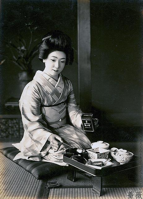 Kimono Girl Wallpaper Aji No Moto Promo Photos In The 1920s 1930s Vintage Everyday