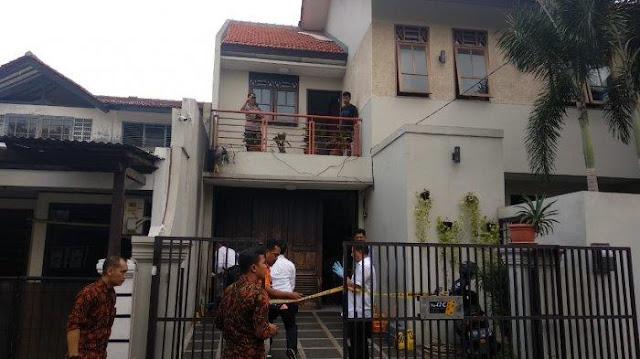 Rumah Laode KPK Dilempar Bom, Tetangga: Aneh, Biasanya ada Polisi yang Jaga