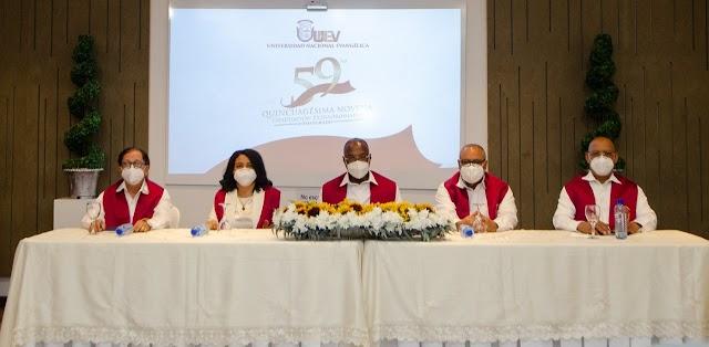 UNEV celebra graduación 58 con 238 nuevos profesionales de postgrado