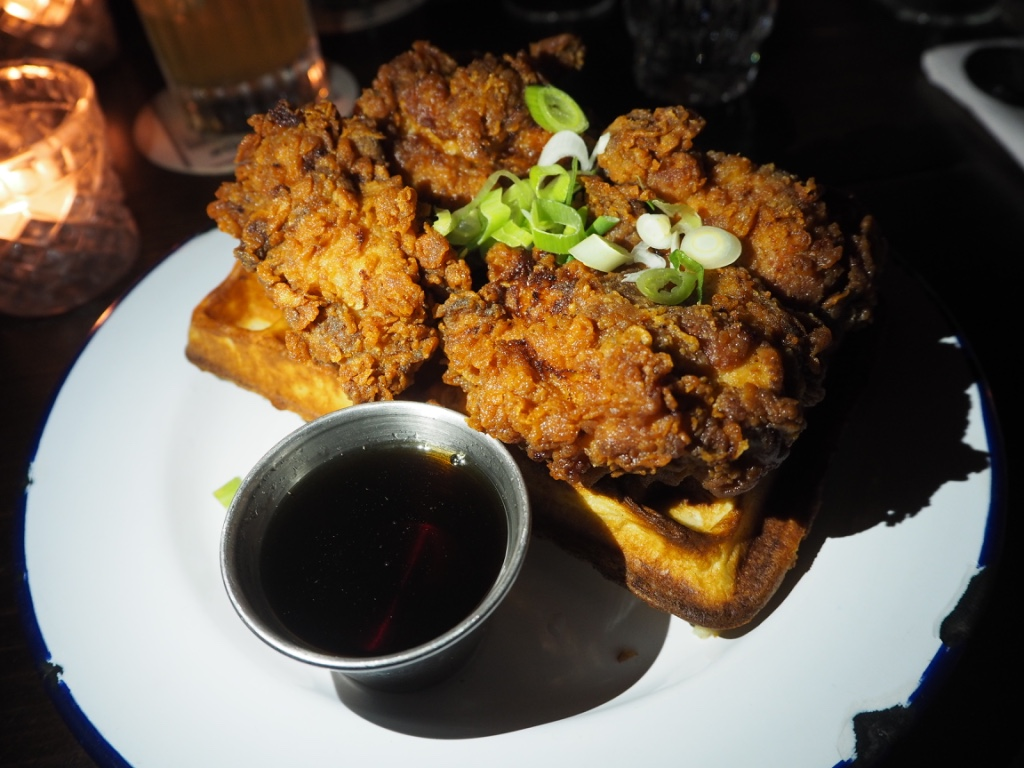 chicken waffles hotbox brunch london