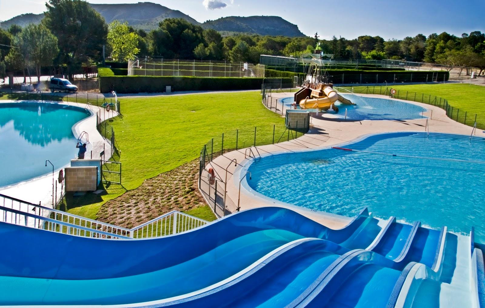Lugares y centros tur sticos para visitar atractivos for Toboganes para piscinas