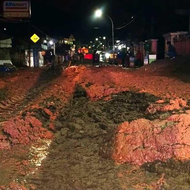 banjir lumpur sumber brantas kota batu