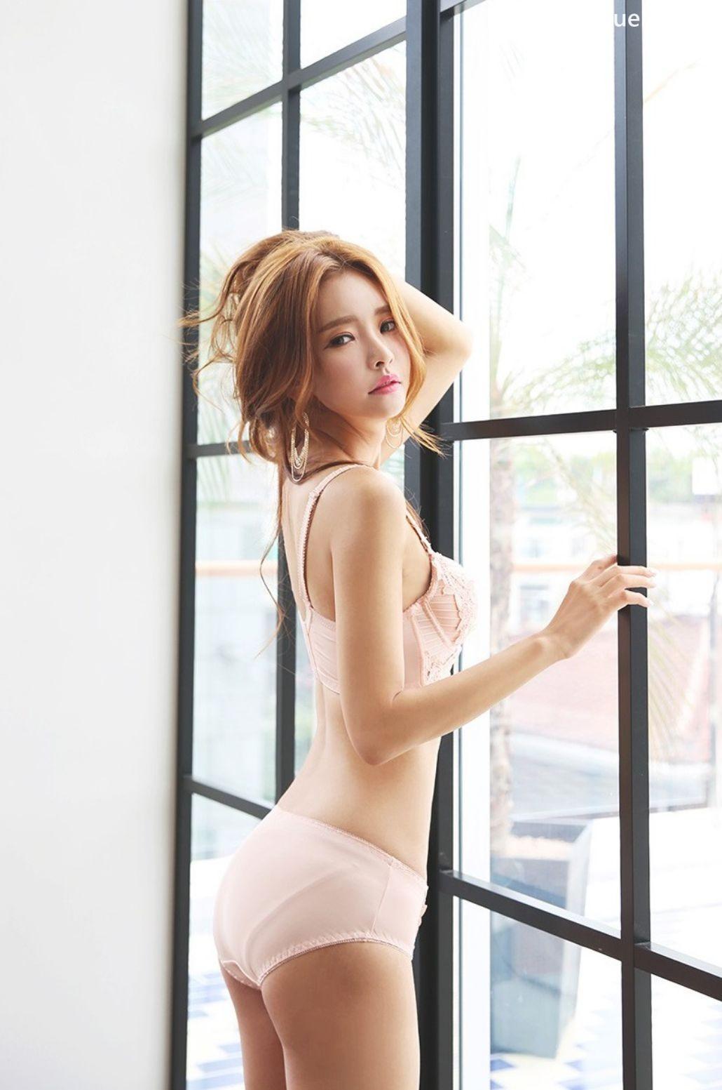 Image-Korean-Fashion Model-Shin-Eun-Ji-Various-Lingerie-Set-Collection-TruePic.net- Picture-3