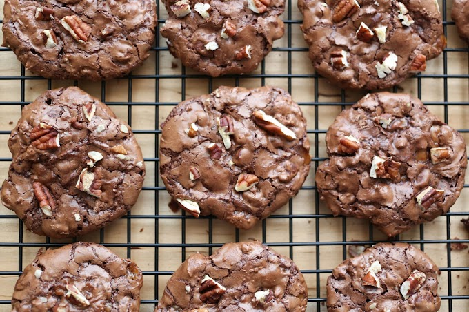 Flourless Chocolate Cookies #dessertrecipe #chocolatecake #cheesecake #cookiessimplerecipe