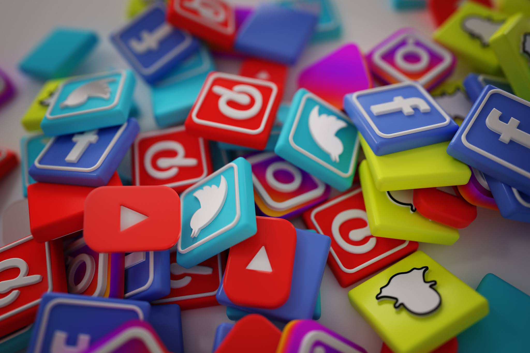 How Counselors can effectively use Social media