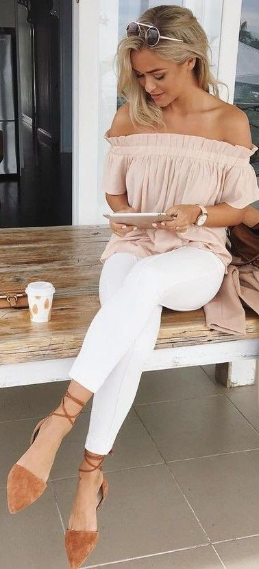 stylish summer outfit: blouse + bag + skinnies
