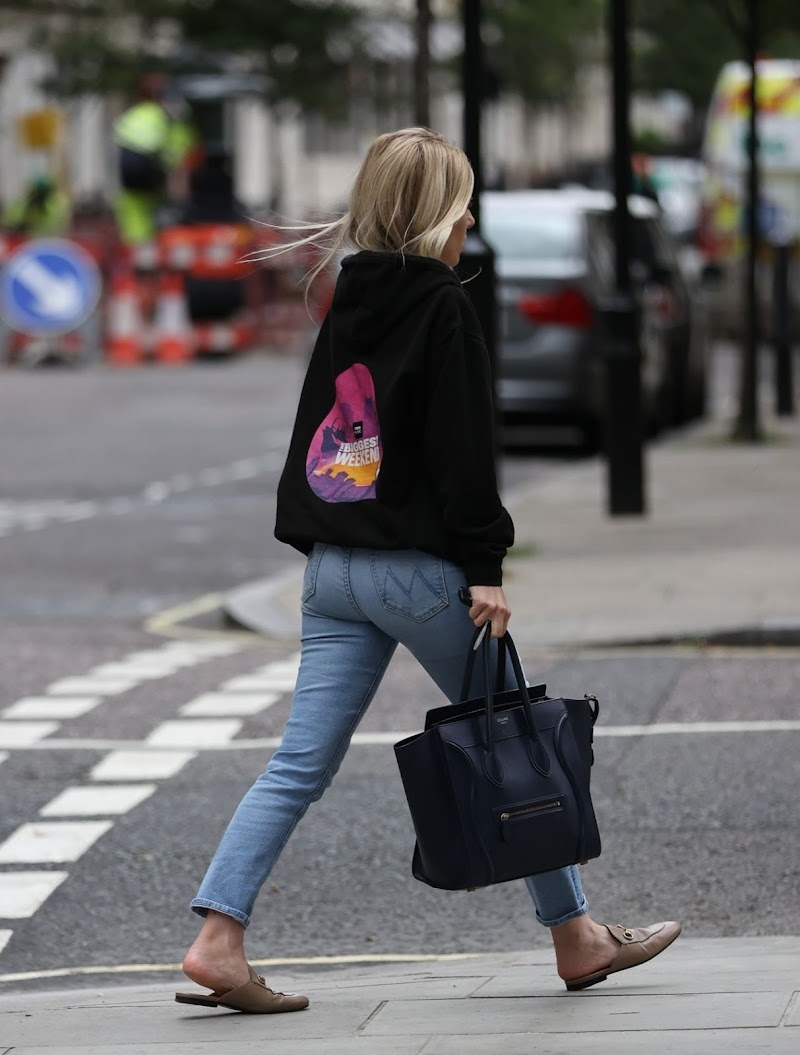 Mollie King Clicked in Denim Jeans and Casual Hoodie – London 25 JUl -2020