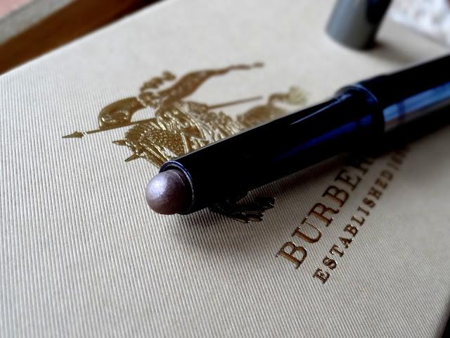 Burberry Eye Color Contour Smoke and Sculpt Pen Dusky Mauve