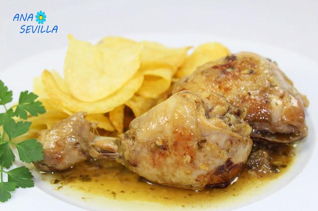 Pollo guisado de mamá cocina tradicional