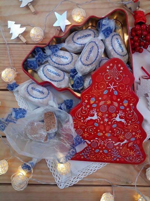Polvorones típicos de Alcalá la Real. Elaborados con almendra y chocolate. Receta tradicional navideña. Andalucía. Navidad. Jaén. Horno. De la abuela. Receta original. Cuca