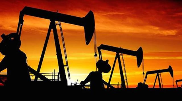 Τα αεροπλάνα καίνε... σπέρμα φάλαινας και άλλα 43 πράγματα που δεν γνωρίζατε για το πετρέλαιο!