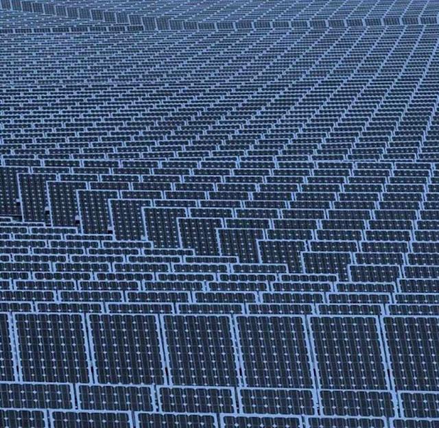 Painéis solares e eólicas não servem para o desenvolvimento econômico, mas servem para privar os países pobres da energia que os tiraria da pobreza