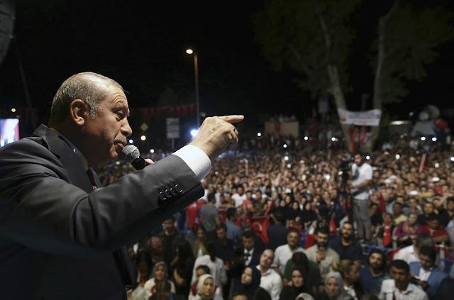 Η Τουρκία του Ερντογάν επιτίθεται σε όλη την υφήλιο