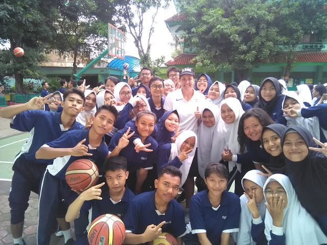 NBAジュニアインドネシアからのバスケットボールトレーニング
