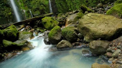 5 Tempat Wisata Alam Populer di Medan dan Sekitarnya yang Wajib Dikunjungi