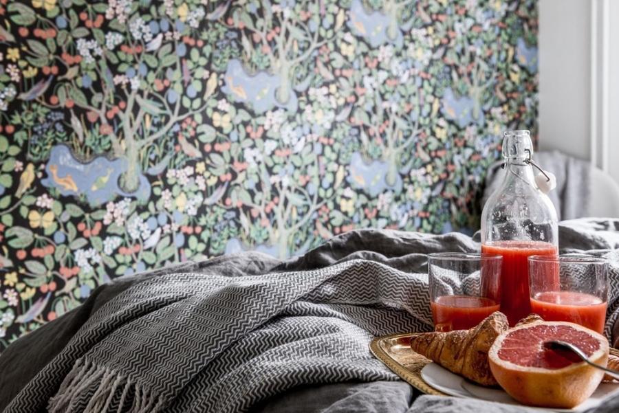 Skandynawska prostota z nutką pasteli i humoru, wystrój wnętrz, wnętrza, urządzanie mieszkania, dom, home decor, dekoracje, aranżacje, styl skandynawski, scandinavian style, biel, white, sypialnia, bedroom