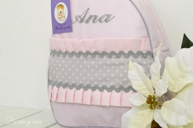 mochila personalizada rosa gris
