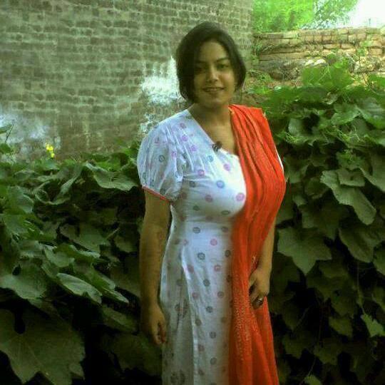 Artis Hollywood: Malayali aunty photos Hot Kerala Aunties