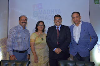 Team MPTM - Deepika Chowdhury, Hari Ranjan Rao and Sanjeev Pasricha