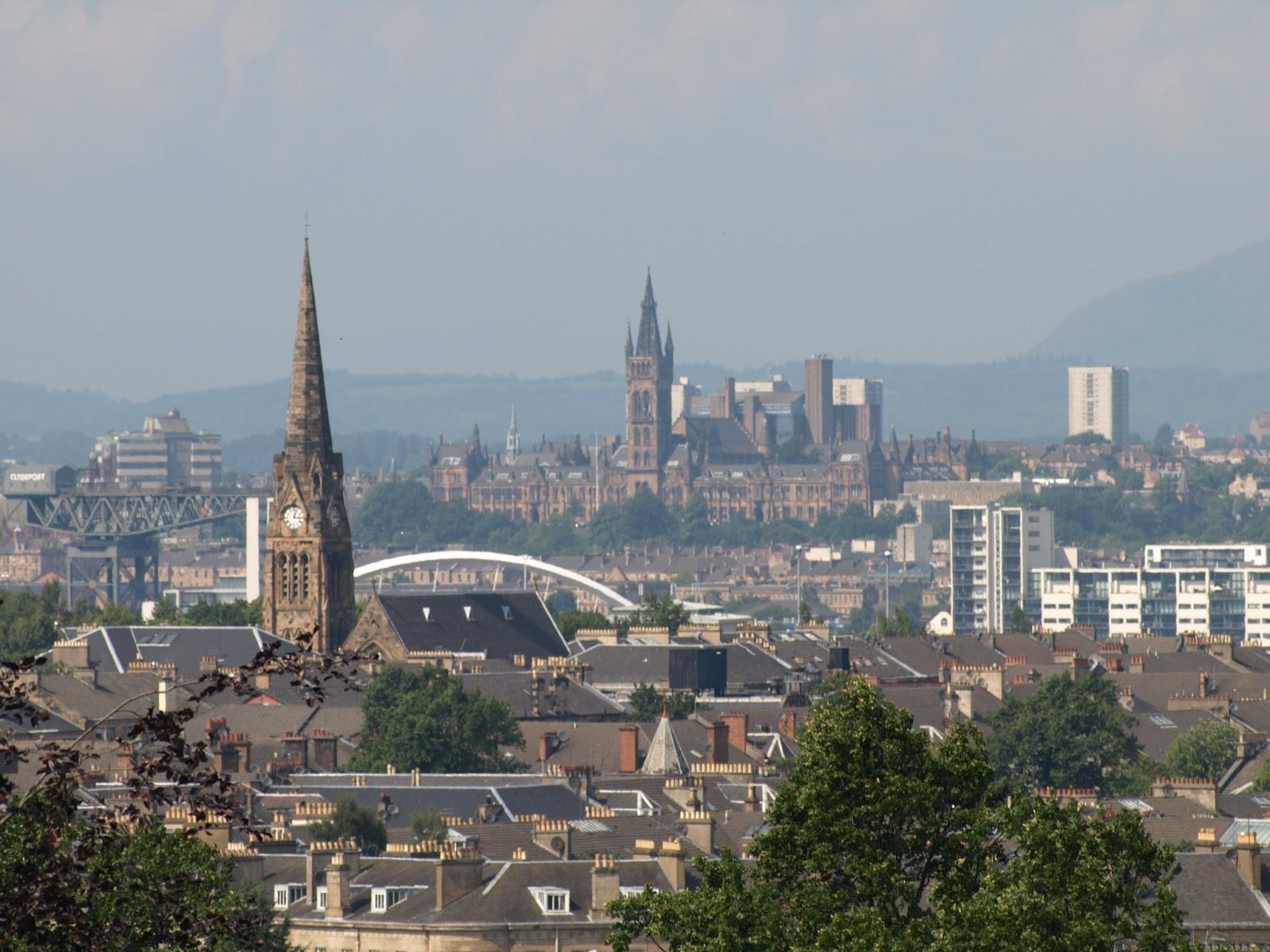... to Glasgow Glesga, Glaschu , Scotland, United Kingdom, Europe
