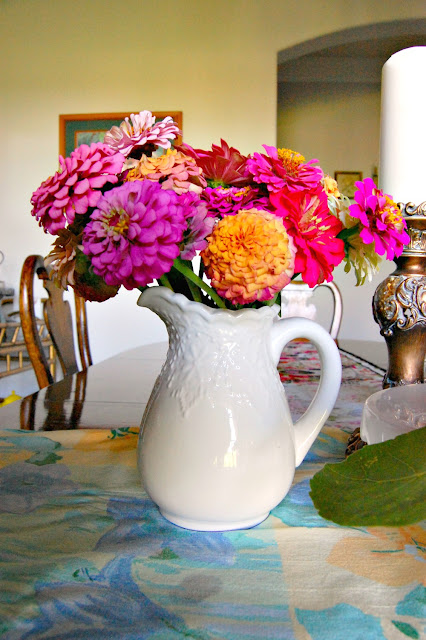 flowers, zinnias, tips, growing, how, guide, tutorial, athomewithjemma.com