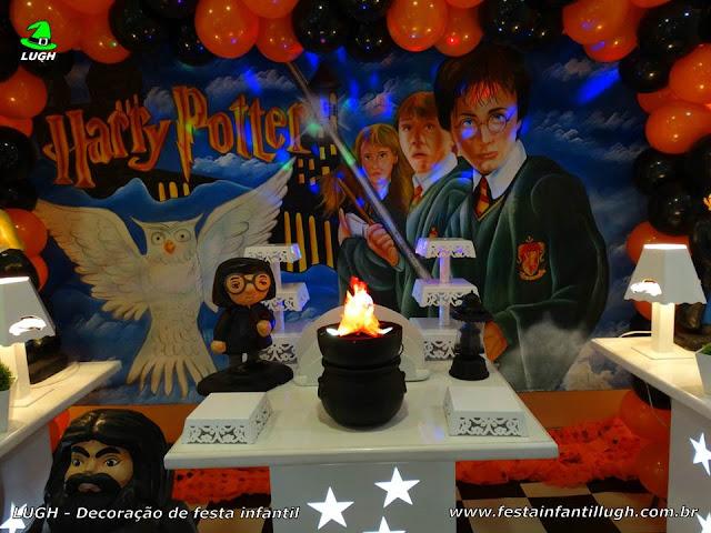 Mesa decorada infantil Harry Potter - Festa de aniversário