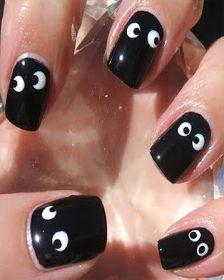 black nail desings creative eyes