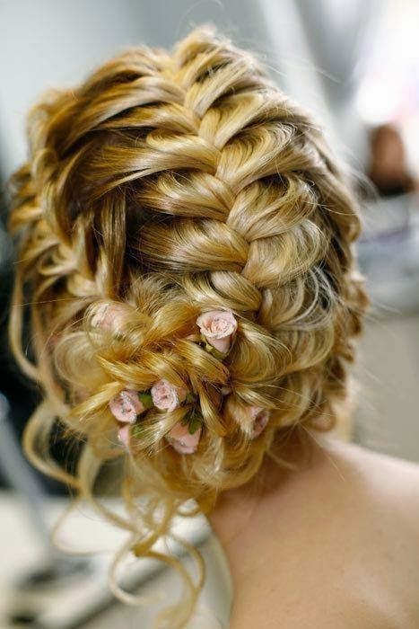 Awesome and Beautiful Ladies hair styles