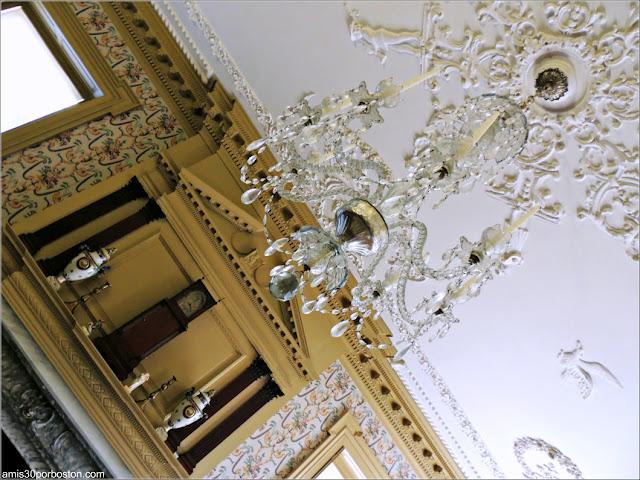 Lámpara en el Salón de la Mansión de John Brown, Providence