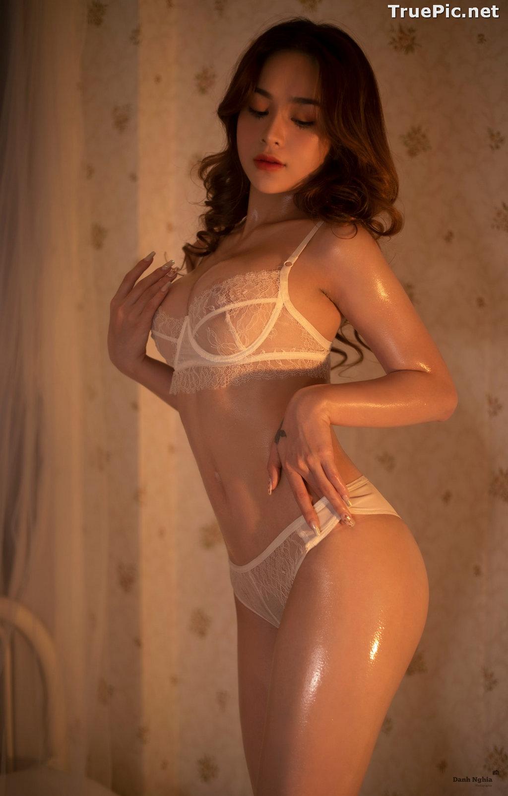Image Vietnamese Sexy Model - Trinh Phuoc Hien - Concept Massage Oil - TruePic.net - Picture-5