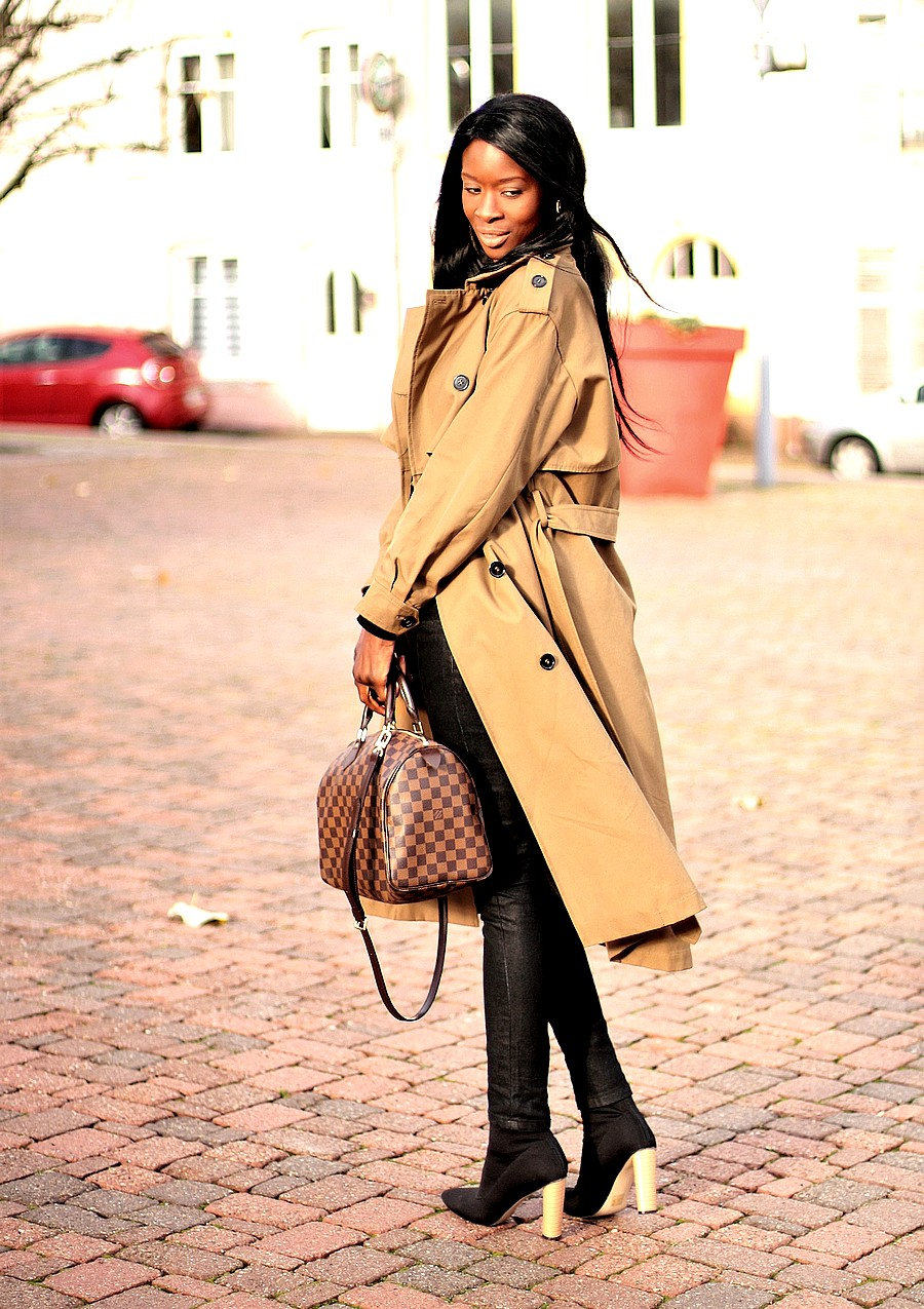 idee-look-chic-working-girl-sac-luxe-trench-classique