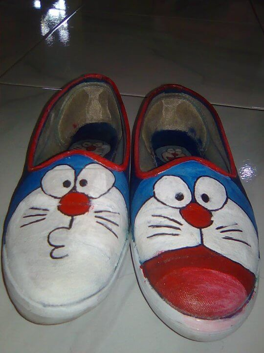 Sepatu Lukis Doraemon, Sepatu Lukis, Sepatu Doraemon