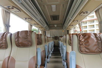 5 Bagian Interior Sewa Bus Yang Buat Perjalanan Berkesan