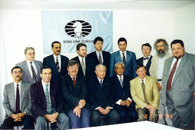 Miembros de la FIDE con Juan Antonio Samaranch en Lausanne en 1995