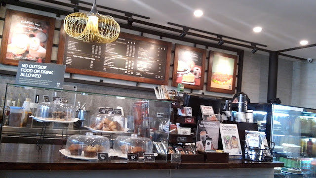 Yes, I am one of those who thought that Bo's coffee was owned by Bo Sanchez of Kerygma and The Feast, but actually entrepreneur Steve Benitez is behind the brand.