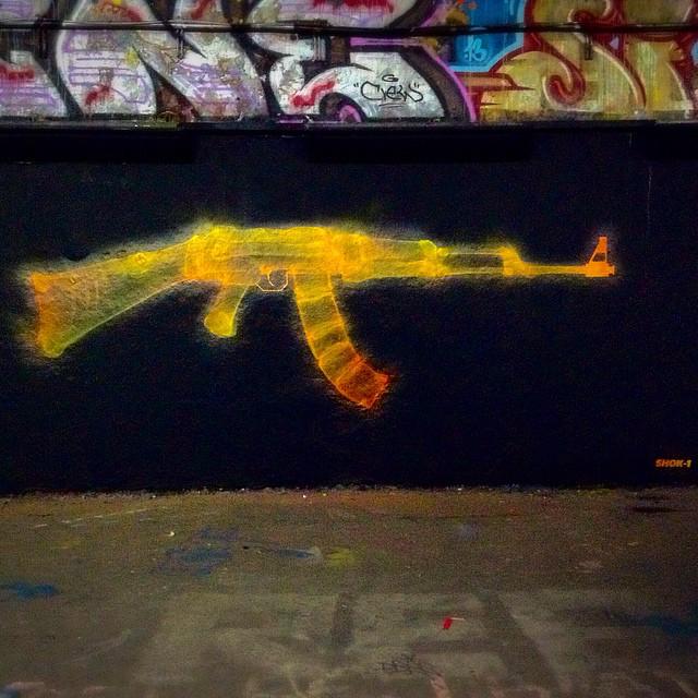 Shok 1 Paints X Gun A Brand New Mural In London Uk