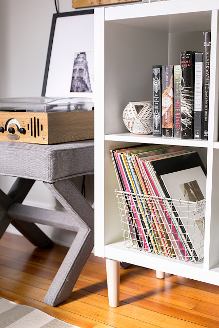 use an expedit ikea kallax shelf as an epic nightstand bestter choices bestter living. Black Bedroom Furniture Sets. Home Design Ideas