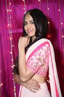 Adaa Sharma in White Pink Saree at Zee Telugu Apsara Awards 2017 08.JPG