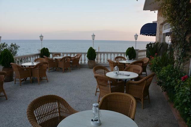 Hotel Costa Brava terrace