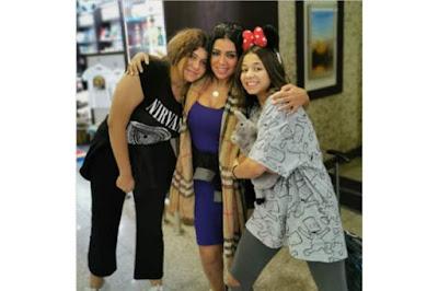 صورة فاضحة.. ابنة رانيا يوسف تخلع البنطلون في المطار وتظهر عارية