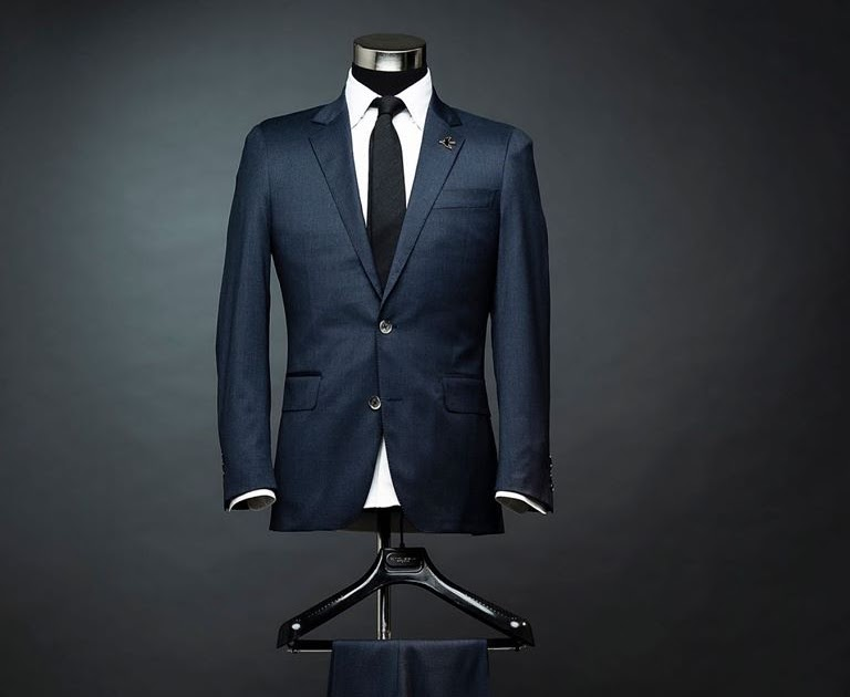 Shopping for Custom Made Suits from Online Clothing Store