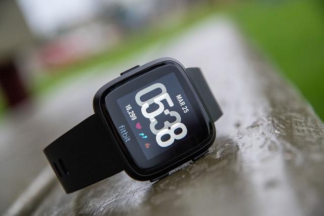 Đánh giá Fitbit Versa