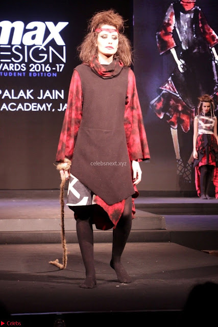 Fashion Show at Max Design Awards 2017 Finale 01 1.jpg