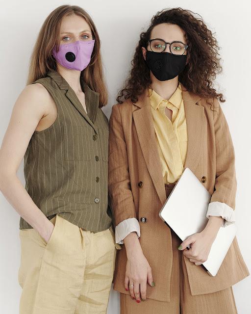O novo normal para quem usa dois acessórios: Óculos + Máscara