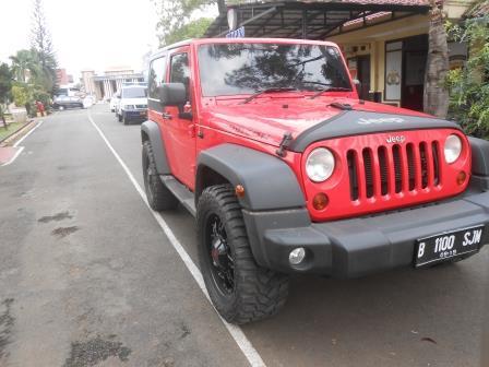 KPK Sita Mobil Mewah Bupati Subang