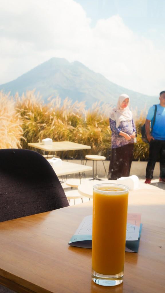 minuman montana del cafe bali