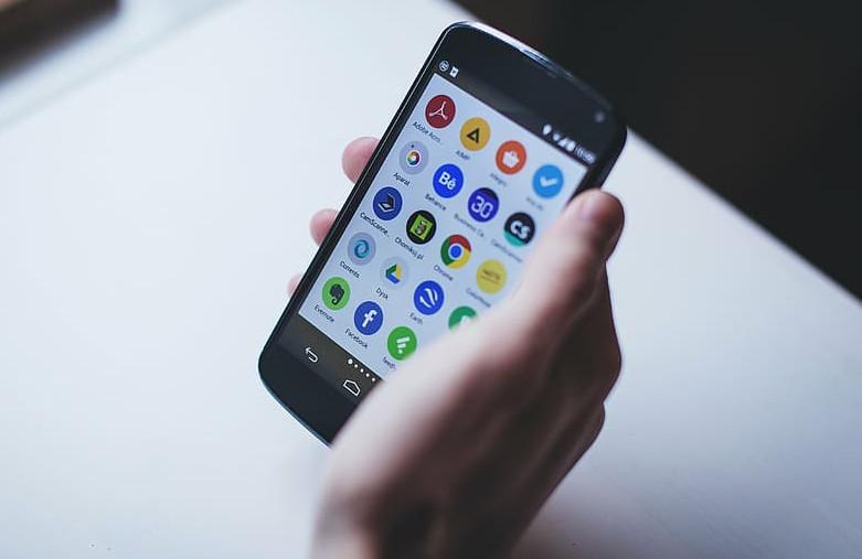 Una novedad y ocho smartphones rebajados