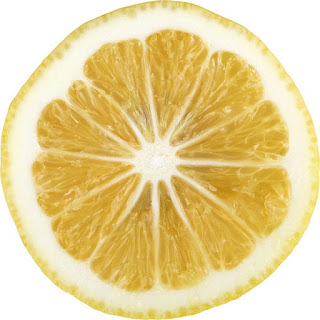 A água com limão corta o efeito do anticoncepcional?