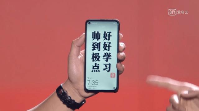 Huawei Nova 4 hole in the display - Qasimtricks.com